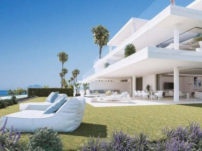 Move To Spain - 4 bed apartment in Estepona