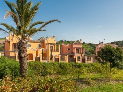 Move To Spain - 3 bed terraced house in West Estepona