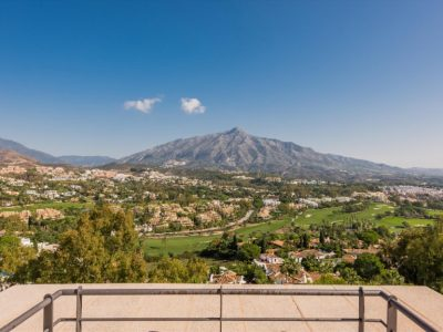 Move To Spain - 5 bed penthouse in Marbella