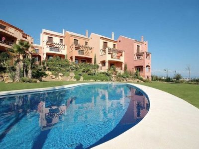 Move To Spain - 2 bed penthouse in La Duquesa