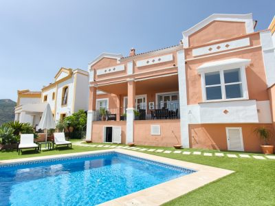 Move To Spain - 4 bed town house in
