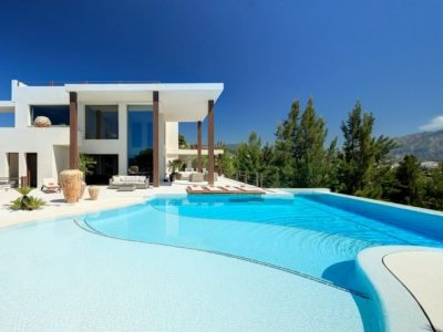 Move To Spain - 6 bed villa in