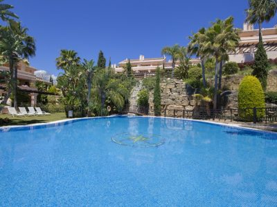 Move To Spain - 3 bed apartment in Marbella