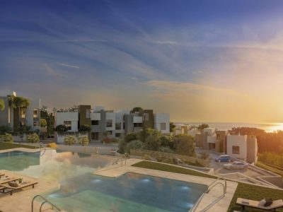 Move To Spain - 4 bed apartment in Marbella East