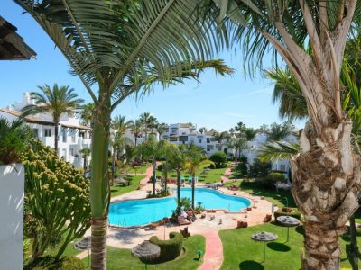 Move To Spain - 3 bed penthouse in East Estepona Playa