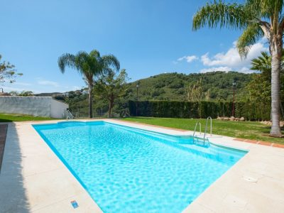 Move To Spain - 3 bed town house in East Estepona
