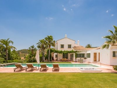 Move To Spain - 8 bed villa in Marbella East