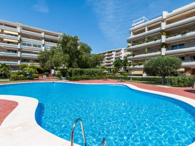 Move To Spain - 2 bed apartment in Marbella