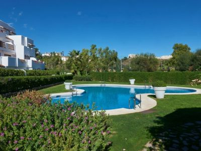 Move To Spain - 2 bed penthouse in Estepona