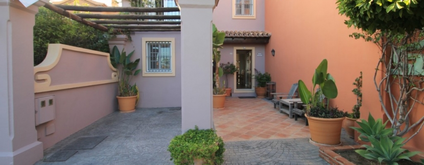 Move To Spain - 3 bed town house in Monte Halcones